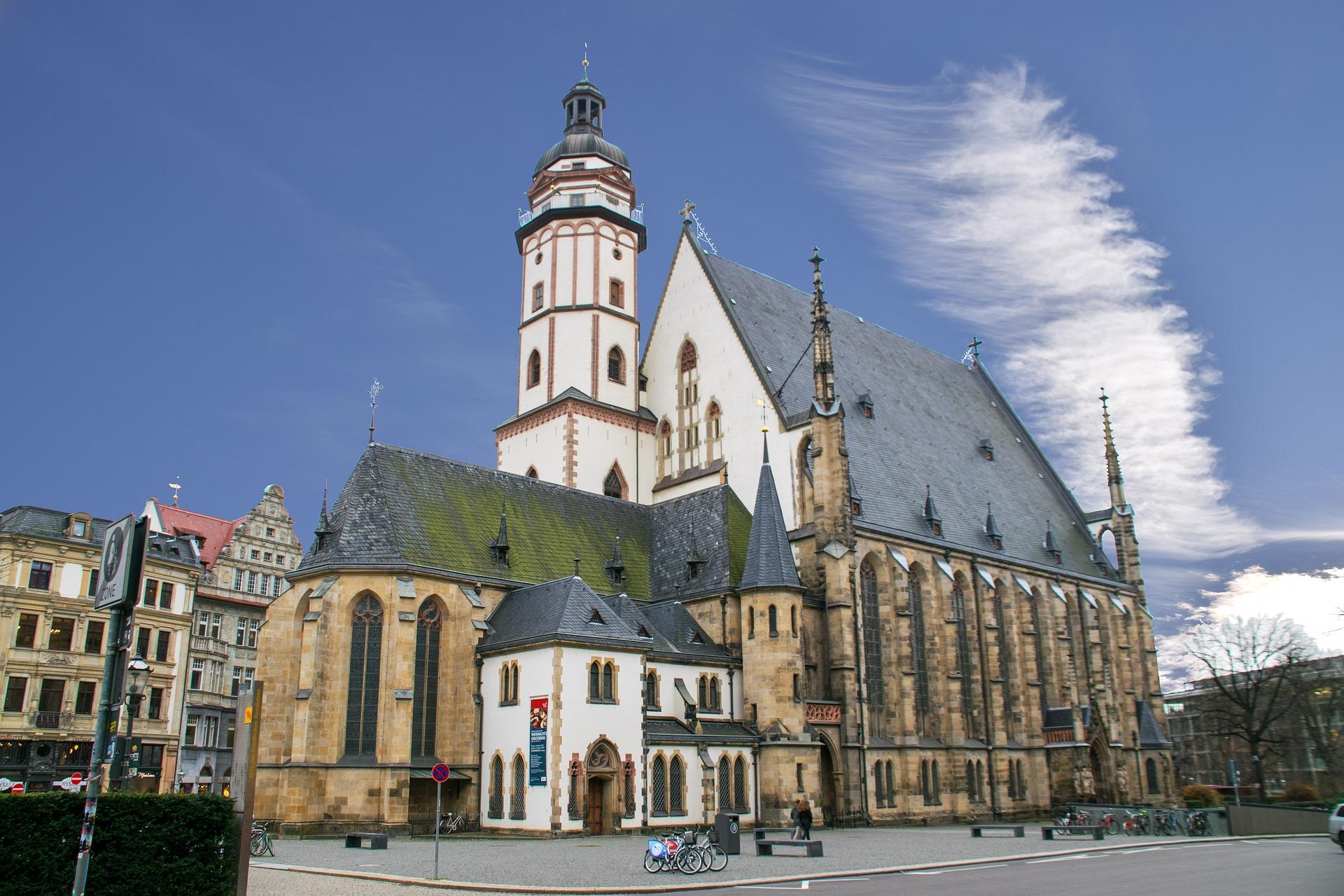 dialysepraxis-leipzig-urlaubsdialyse-thomaskirche